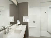 vsn_tn_mrf_cy_bath_shower