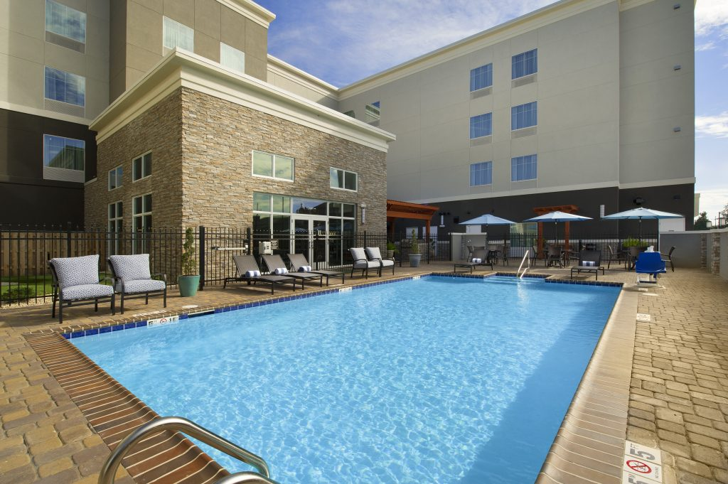 Homewood Suites by Hilton Metairie LA exterior day