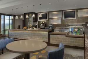 Courtyard by Marriott Tacoma Washington Bistro seating