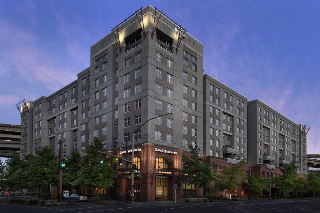 Residence Inn Portland OR Exterior dusk