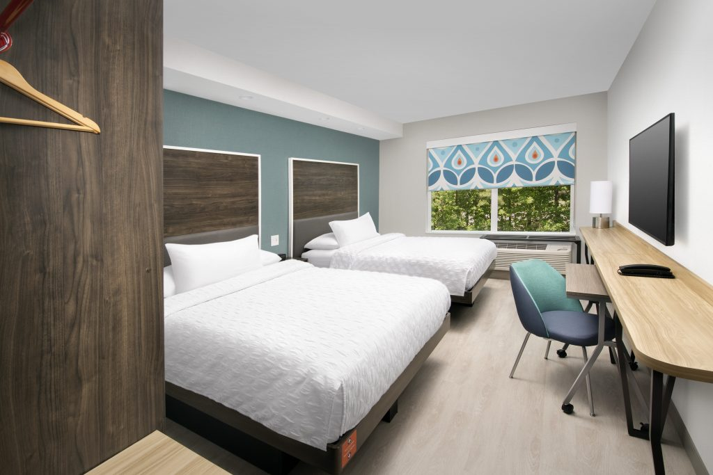 Tru by Hilton Tallahassee FL Double Queen guest room