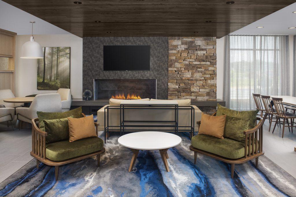 Fairfield Inn and Suites Lenoir City TN Lobby