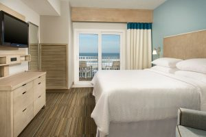 Four Points Jacksonville Beach King guest room