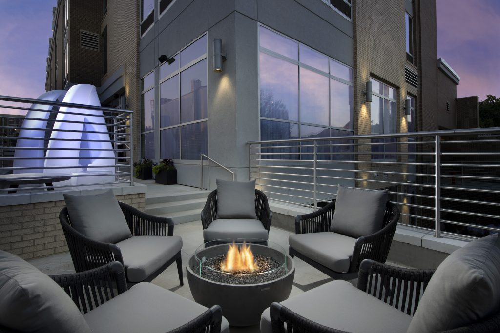 SpringHill Suites by Marriott Atlanta GA Patio at dusk
