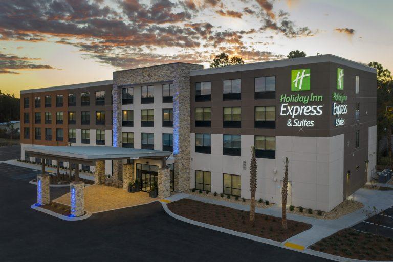 Exterior Drone Photo Holiday Inn Express Kingsland GA